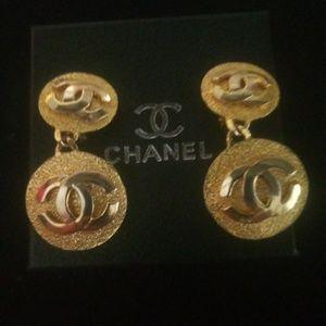 Vintage Chanel Dangle Clip On Earrings